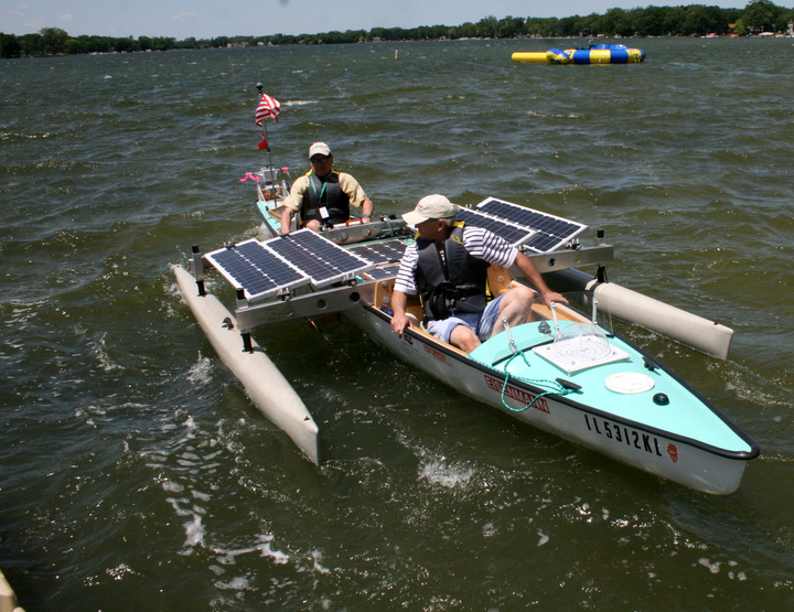 Solar powered canoe trimaran ready to travel the Mississippi - The Torqeedo Shop